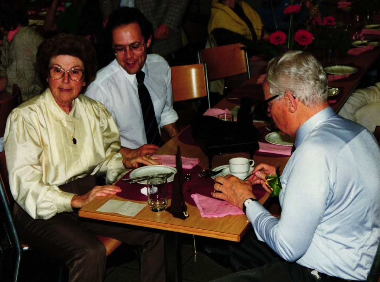 1986 Ehepaar Joss m. Reto E. Fritz, unserem derzeitigen Musikalischen Leiter